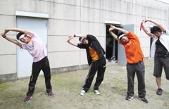 窓愛園運動会に福祉活動サークルの学生が参加しました。