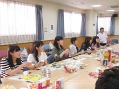 6月17日~18日[学生の活動]かがやけ第二共同作業所での一泊旅行に福祉活動サークルの学生が参加しました。
