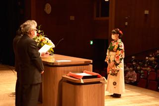 令和2年度つくば国際大学「学位記授与式」を挙行しました
