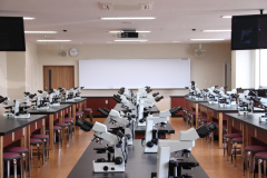 2014年4月に完成した、臨床検査学科棟のご紹介