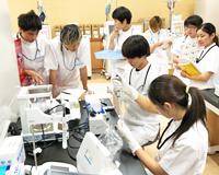 医療技術学科:授業紹介「生体機能代行装置学基礎実習」