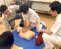 医療技術学科:「救急救命医学概論実習」の紹介